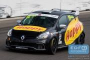 Maurits Sandberg - Certainty - Renault Clio 4 - Paasraces 2015 - Circuit Park Zandvoort