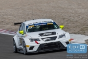 Dennis Houweling - Priscilla Speelman - SEAT Leon Cup Racer - Ferry Monster Autosport - Supercar Challenge - Supersportklasse - Paasraces 2015 - Circuit Park Zandvoort