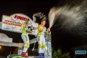 Champagne voor  Dennis Kuipers en Robin Buysmans na een ijzersterk gereden Hellendoorn Rally