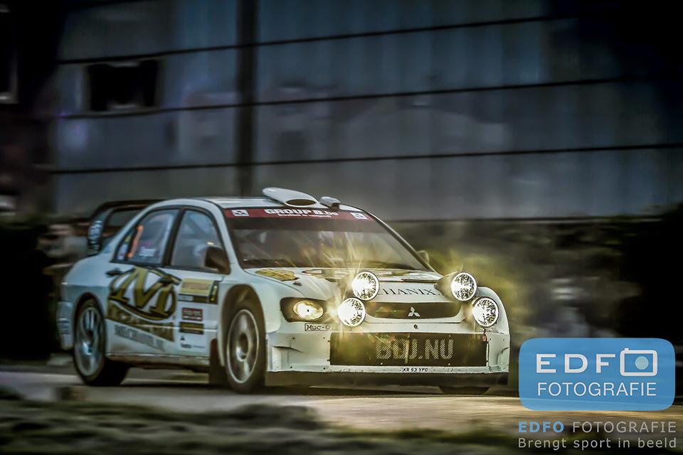 Bob de Jong en Bjorn Degandt in een Mitsubishi Lancer WRC 05 tijdens de ELE Rally 2013