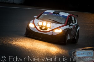 Een Seat Leon Supercopa in de DNRT WEK Nieuwjaarsrace
