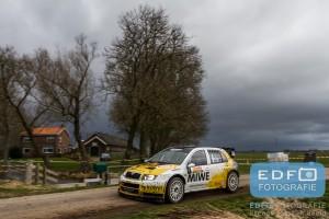 Erik Wevers en Michiel Poel in de Skoda Fabia WRC op weg naar de tweede plaats in de Tank S Rally