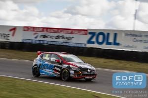 Niels Langeveld - Certainty - Renault Clio 4 - Paasraces 2015 - Circuit Park Zandvoort