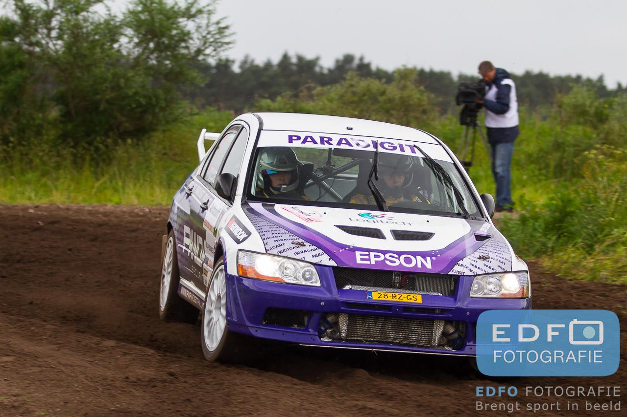 Arjen de Koning en Hein Verschuuren op weg naar winst in de Autosoft Vechtdal Rally 2013